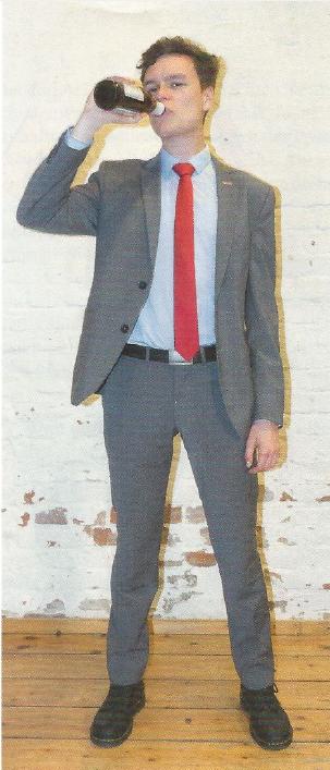 PARTEI-Anzug gut gemacht