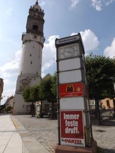 Die Stadt mit pittoresken Türmen und der schönen Mauer - klar PARTEI-Revier
