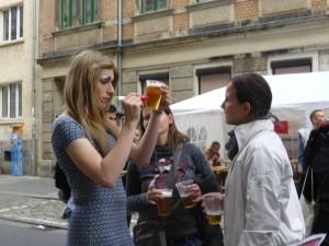 Lara Liqueur signiert Bier