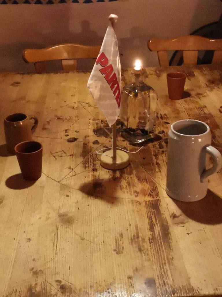Das ist der Stammtisch von Die PARTEI in Nienburg.